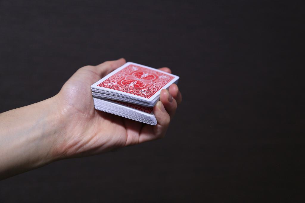 【衝撃】あなたのトランプマジックのやり方は、原始人レベルだった。